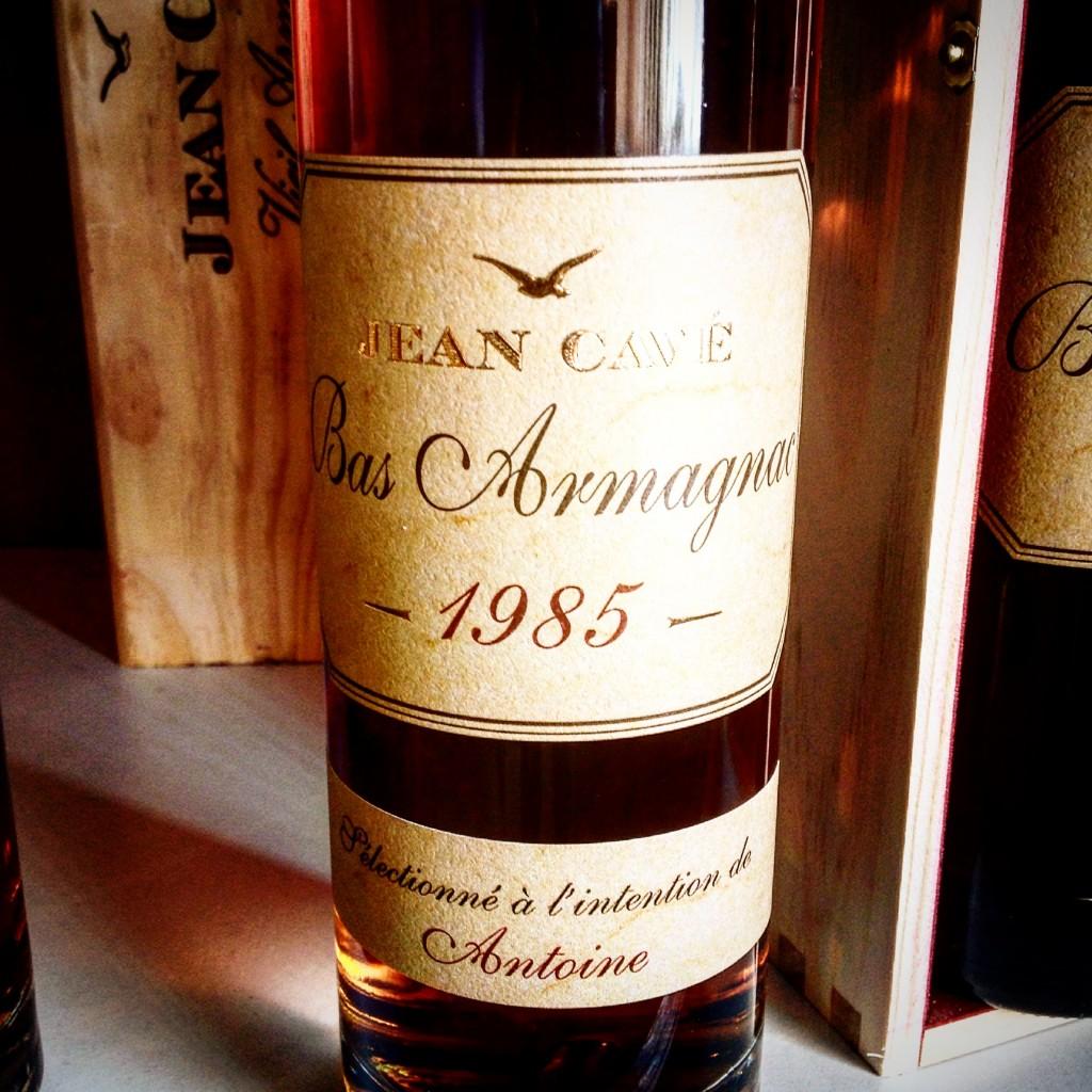 bouteille personnalisée d'Armagnac personnalisable